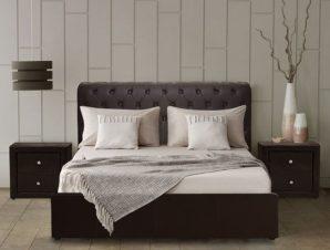 """Κρεβάτι """"CHESTERFIELD"""" PU με αποθηκευτικό χώρο σε χρώμα καφέ 150×200"""